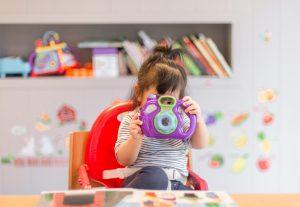 Dijete se stalno pretvara i priča samo sa sobom? To je odlično, saznajte zašto…