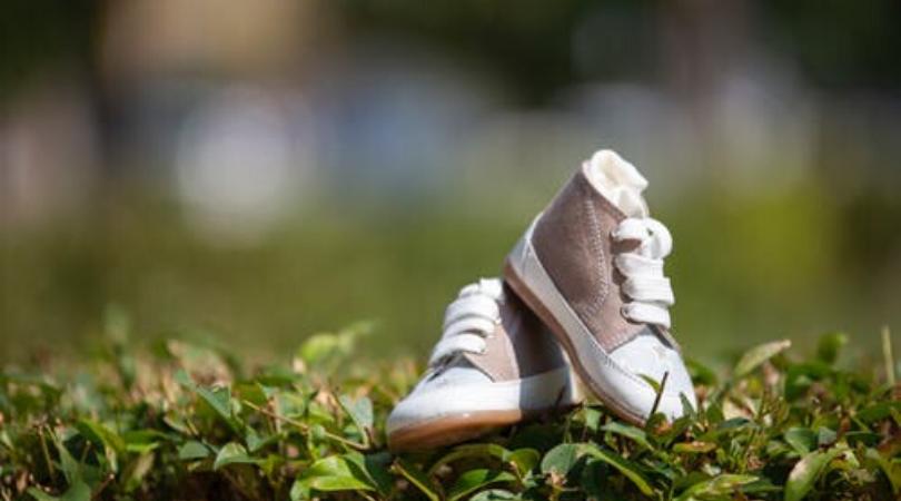 Na šta paziti kada kupujete  prvi par cipela za bebu