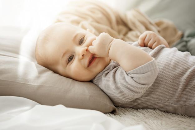 Praktični savjeti dermatologa: Kako kupati dijete koje ima ekcem