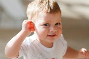 Kako liječiti bolove u uhu kod bebe