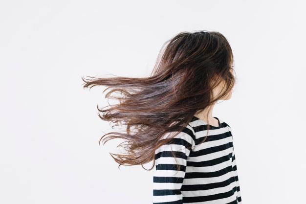 Šta uzrokuje gubitak kose kod djece i kako se liječiti?