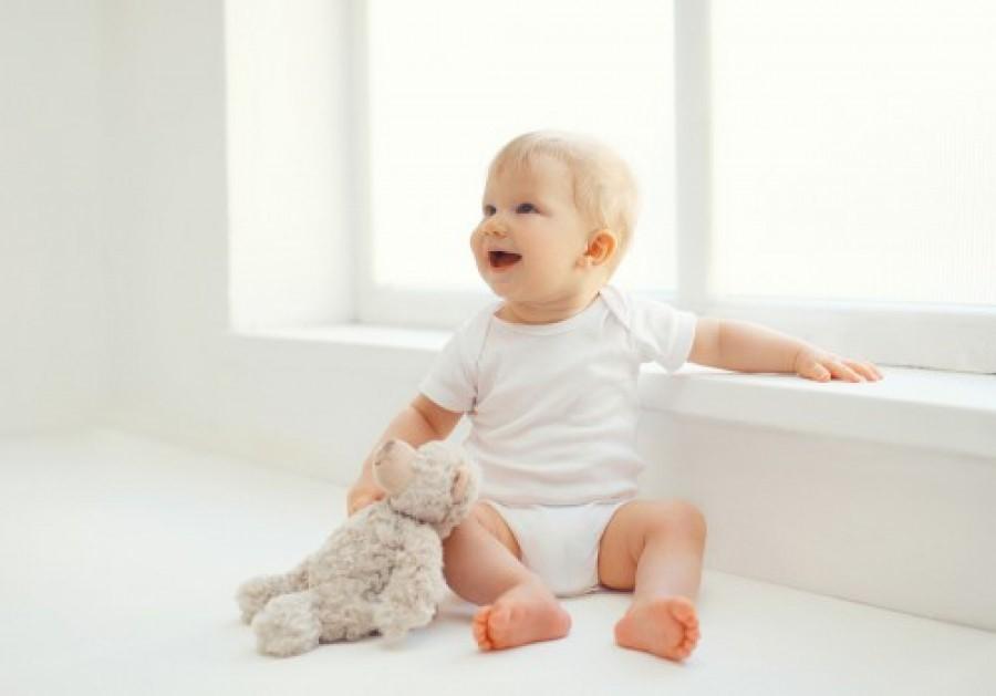 Kako naučiti bebu da sjedi?